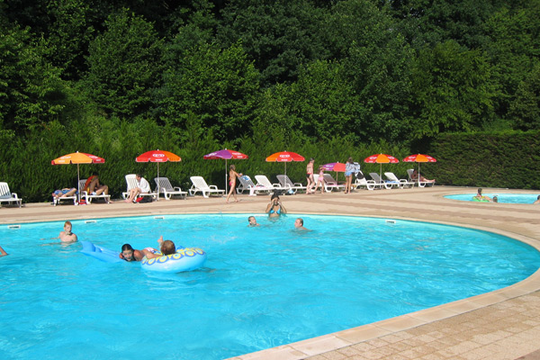 Piscine Camping Les Lupins